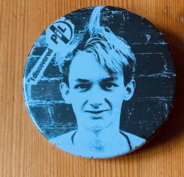 Pil – Martin Atkins Binlid 52mm Badge